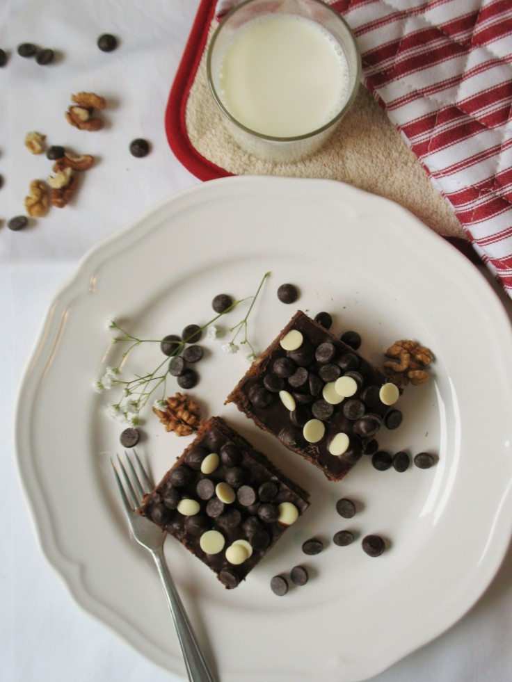 Sugarfree Chocolate Carrot Sheet Cake2