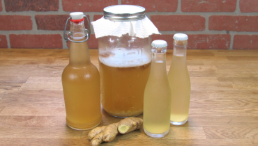 Make Ginger Water to Treat Migraines, Heart Burn, Joint and Muscle Pain