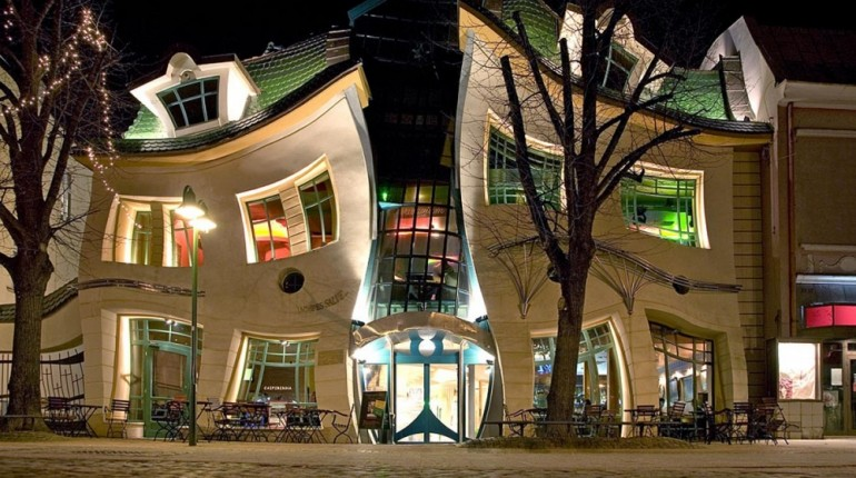 Incredible buildings that defy the laws of physics