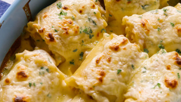 Chicken Alfredo Roll-Ups Recipe
