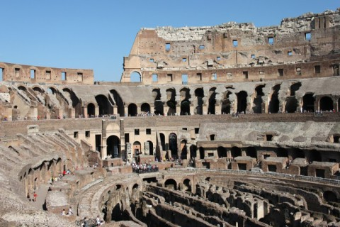 The Colosseum Is Now Offering Tours At Night