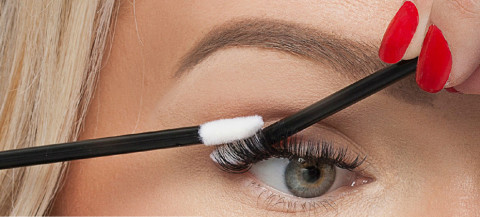 Guide To Eyelash Extensions